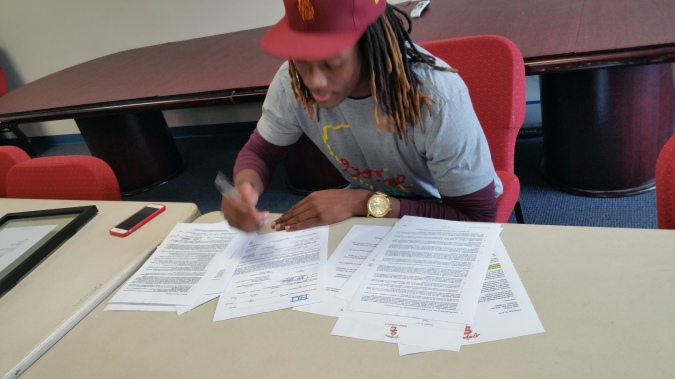 Isaac Whitney signs with USC (Photo Courtesy of KC Whitney)